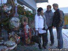 Obrázok Dvaja češi zbalia poriadnu maminu na ulici (HD)