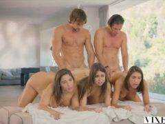 Dvaja milionári si zaplatili kurvy (HD) porno video