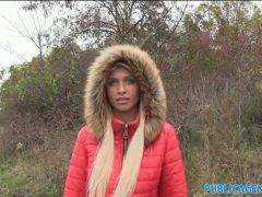 Obrázok Rychlý prachy – blondýna z Maďarska