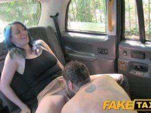 Obrázok Náhodný sex vo falošnom taxíku