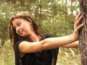 Obrázok Česká modelka sa nechá vytrtkať v prírode