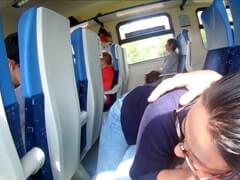 Obrázok Fajka na verejnosti vo vlaku