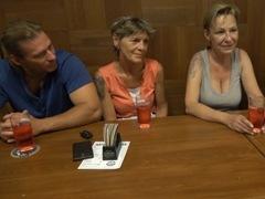 Česká výmena manželiek – staré babky porno video