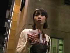 Obrázok Rychlý prachy – public agent vyšuká japonku