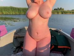 Svoju obéznu ženu vytrtkal na rybách porno video